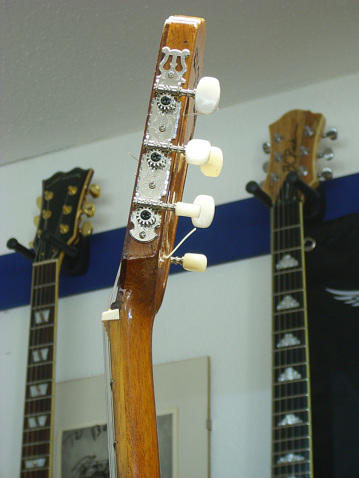 Headstock re